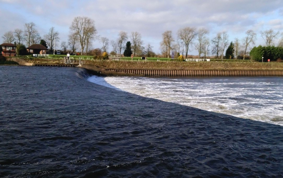 Cromwell Weir on River Trent